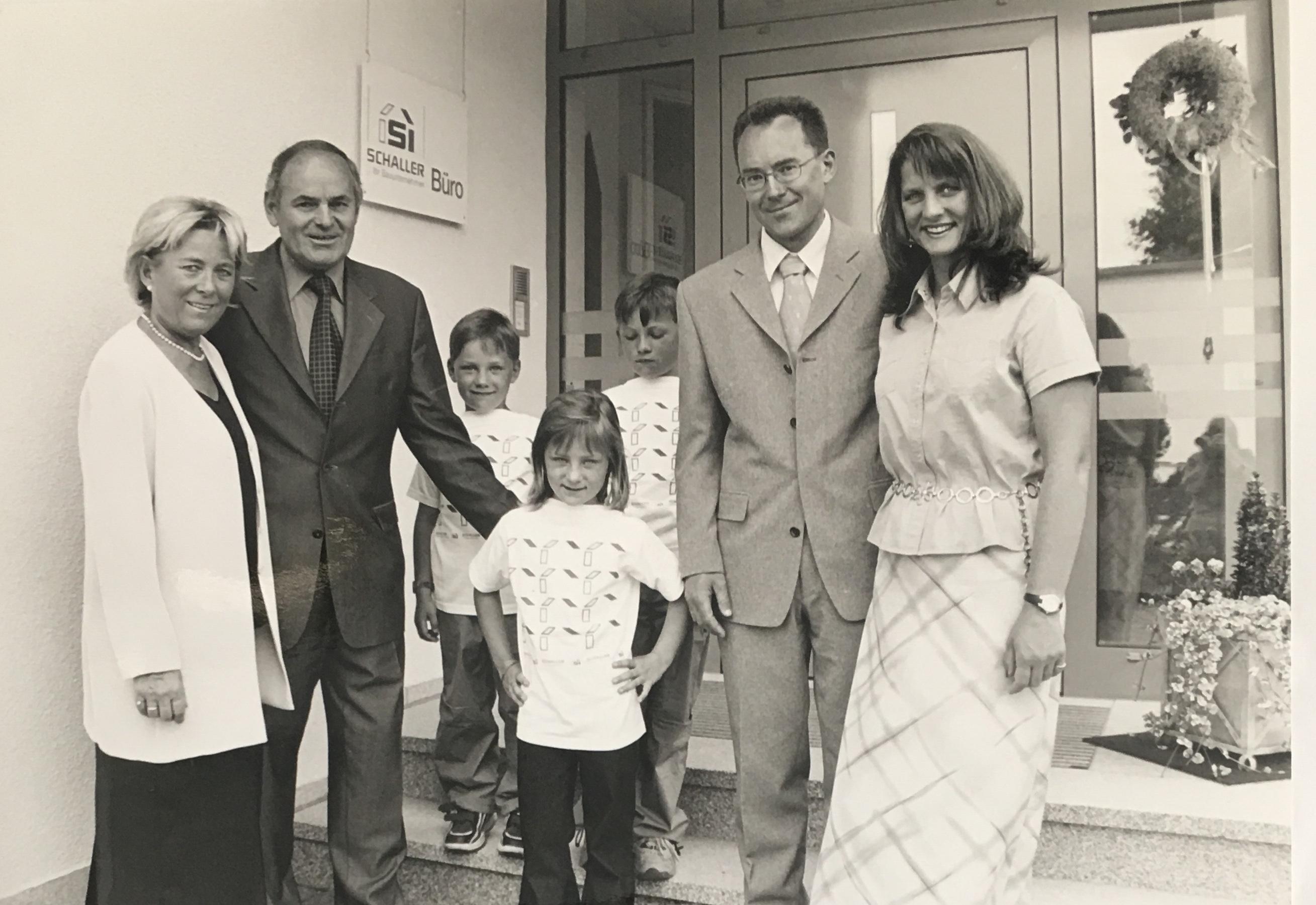 Familie Schaller mit Kinder und Enkel